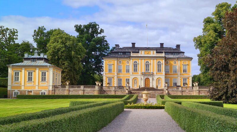 Sensommardag vid Steninge slott